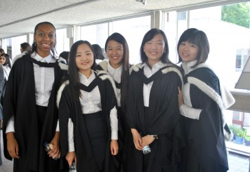 Photo of Murray Edwards College graduates